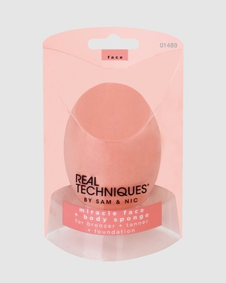 Real Techniques Miracle Face & Body Sponge