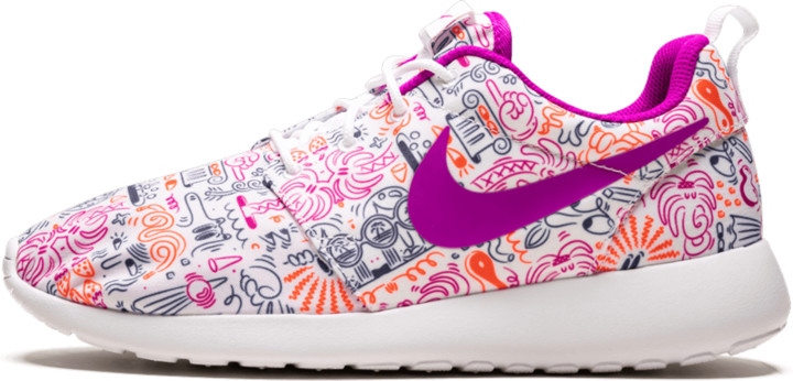 Nike Womens Roshe One Print Prem Shoes - Size 7.5W