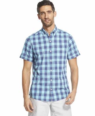 Izod Men's Slim Fit Dockside Button Down Short Sleeve Plaid Shirt