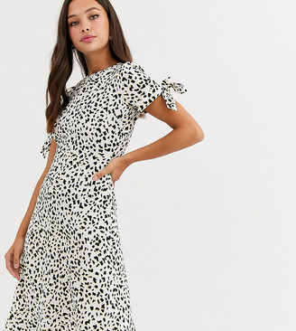 Wednesday's Girl midi dress with tie sleeves in abstract spot print