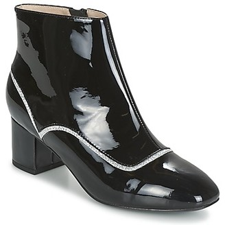 Mellow Yellow ALBANIL women's Low Ankle Boots in Black
