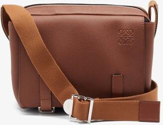 Loewe Anagram-logo Grained-leather Messenger Bag - Tan
