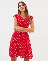 Review Valentine Spot Dress