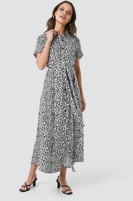 NA-KD Short Sleeve Maxi Dress