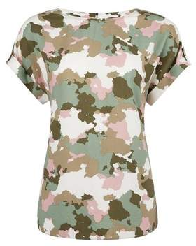 Dorothy Perkins Womens Camouflage Print Button T