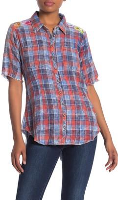 Aratta Margaret is a Pearl Elbow Sleeve Shirt