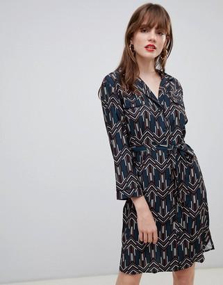 Darling Geo Print Belted Shirt Dress