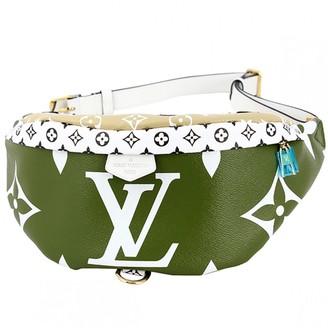 Louis Vuitton Bum Bag / Sac Ceinture Green Cloth Clutch bags
