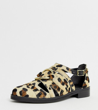 Asos Design DESIGN Wide Fit Villa premium leather flat shoes in leopard