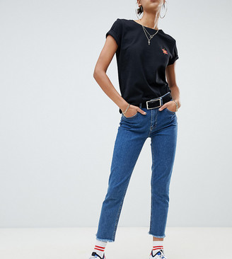 NA-KD slim cropped jeans in mid blue