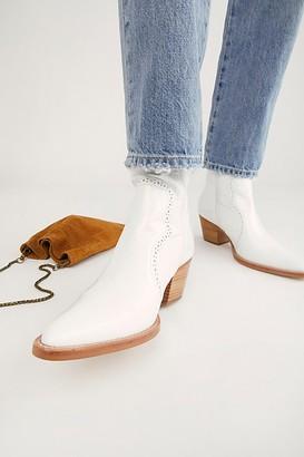 INTENTIONALLY BLANK Karina Heel Boots