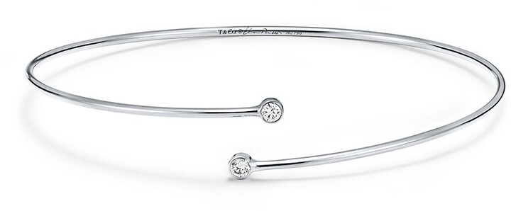 Tiffany & Co. Elsa Peretti Diamond Hoop single-row bangle in platinum with diamonds, medium