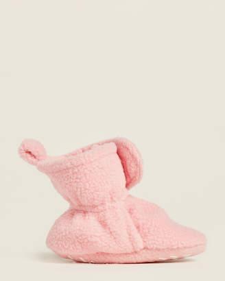 Hudson Baby Newborn/Infant Girls) Strawberry Pink Fleece Slippers