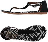 Toms Thong sandals