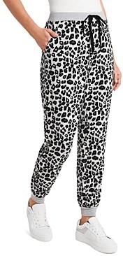 Vince Camuto Cozy Leopard Jogger Prints