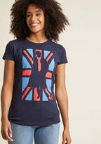 ModCloth Consulting Stylista Graphic T-Shirt in S - Short Sleeve Regular Waist