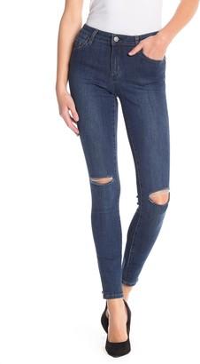 Tractr Rip Knee Skinny Jeans