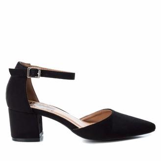 Refresh Women's 69838 Closed Toe Heels