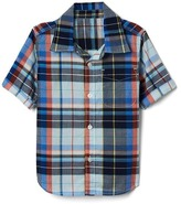 Gap Plaid short sleeve pocket shirt