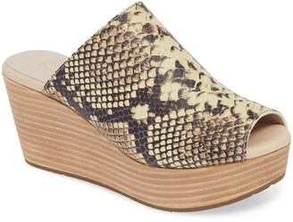 Chocolat Blu Worten Peep Toe Wedge