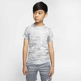 Nike Big Kids (Boys) Short-Sleeve Printed Training Top Pro