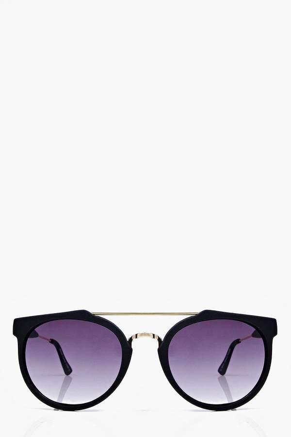 boohoo Matt Black Metal Arm Aviator Sunglasses