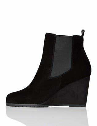 Find. Amazon Brand Wedge Chelsea Ankle Boots