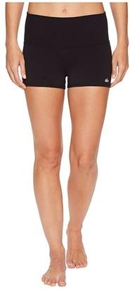 Alo Aura Quartz Shorts (Black) Women's Shorts