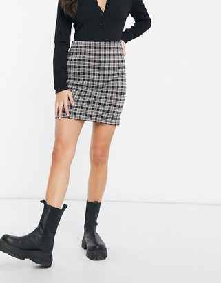 New Look mini skirt in grey check