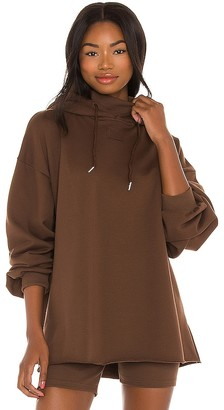 Winter Muse LNGE Oversized Hoodie