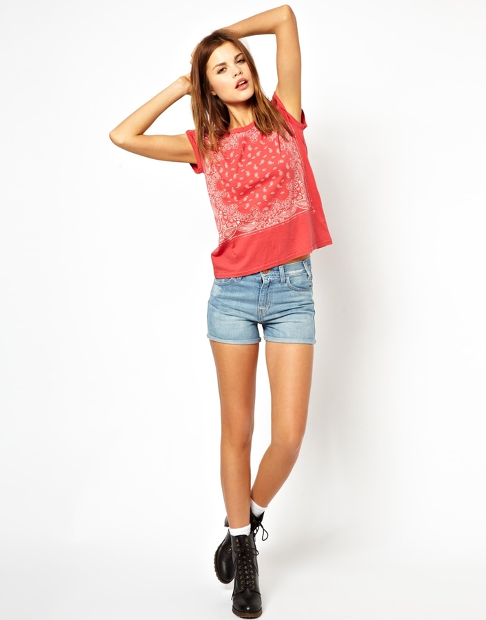 Levi's – Jeansshorts mit hoher Taille