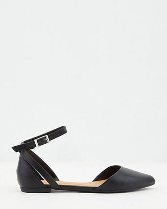 Le Château Faux Leather Pointy Toe d'Orsay Flat