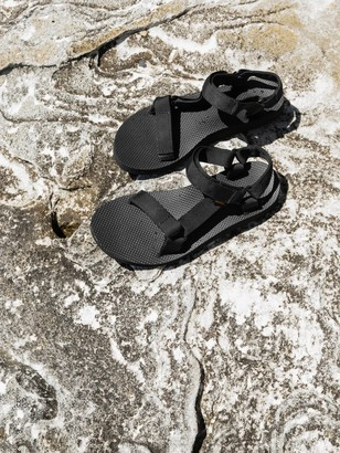 Teva Womens Original Universal Sandals in Black
