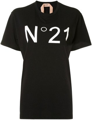 No.21 oversized logo print T-shirt