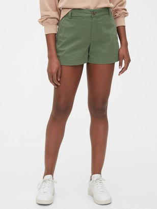"Gap 4"" Khaki Shorts"