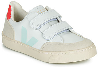 Veja SMALL V12 VELCRO girls's Shoes (Trainers) in White