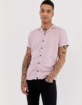 Twisted Tailor revere collar short sleeve shirt in pink viscose