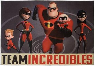 Disney Disney's ''Team Incredibles'' Rug - 4'6'' x 6'6''