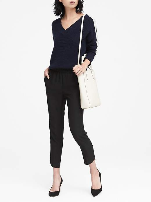 Petite Hayden Tapered-Fit Pull-On Dolphin-Hem Ankle Pant