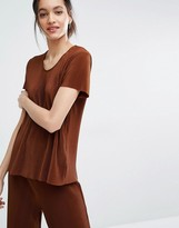 Just Female Quint T- Shirt in Plisse Pleat Fabic