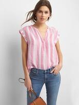 Gap Linen cap sleeve popover shirt
