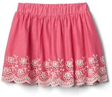 Gap Eyelet border flippy skirt