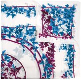 Versace leaf print scarf - women - Silk - One Size