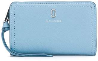 Marc Jacobs logo plaque wallet
