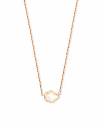 Kendra Scott Tess Small Pendant Necklace in White Mother-of-Pearl 14k Gold-Plated