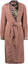 R 13 Contrast print smoking robe