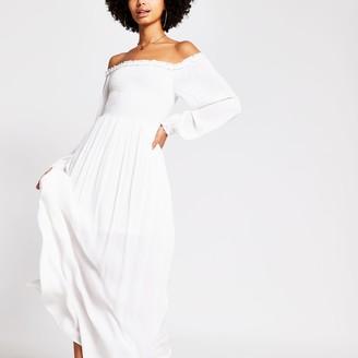 River Island Womens White long sleeve shirred bardot maxi dress