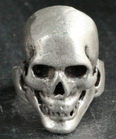 Nautilus Silvertone Skull Adjustable Ring