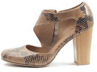 Inca Fortress Of Handmade Leather Heel