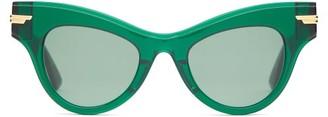 Bottega Veneta Cat-eye Acetate And Metal Sunglasses - Green